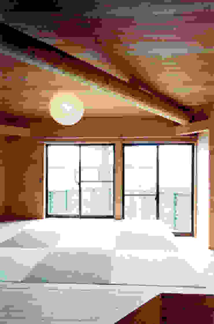 【寝室その1】 和風の 寝室 の 安達文宏建築設計事務所 和風