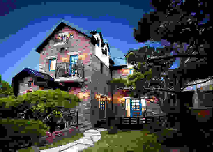 Houses by 국민대학교