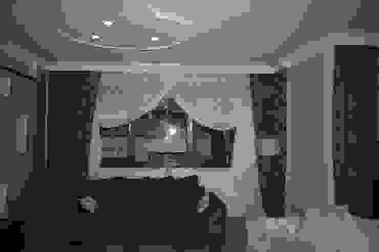 Modern Living Room by renewaliçmimari Modern