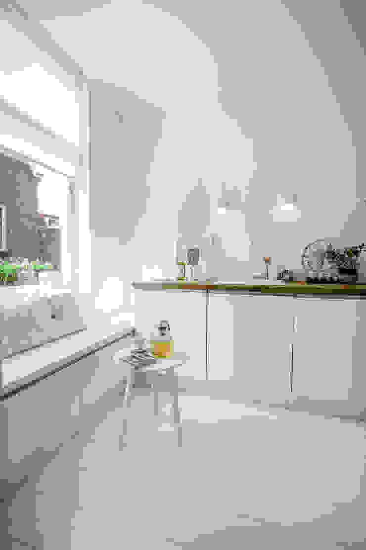 Woonhuis | Delft Scandinavische keukens van Design Studio Nu Scandinavisch Massief hout Bont