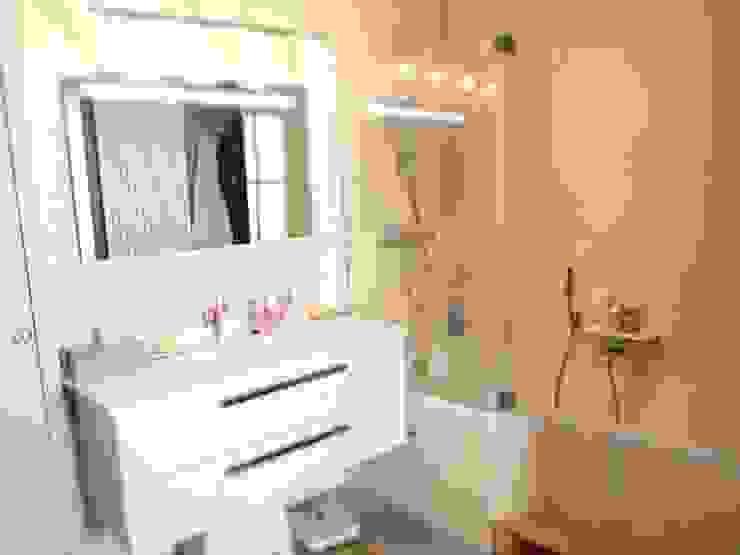 Modern Bathroom by Ae-design Modern