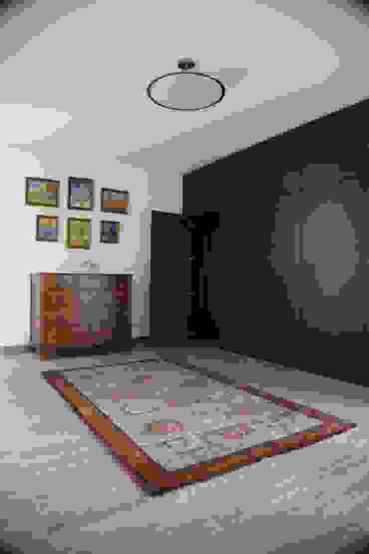 Casa Jairson Salas de estar minimalistas por ÔCO Ideias e Projectos de Arquitectura Lda Minimalista