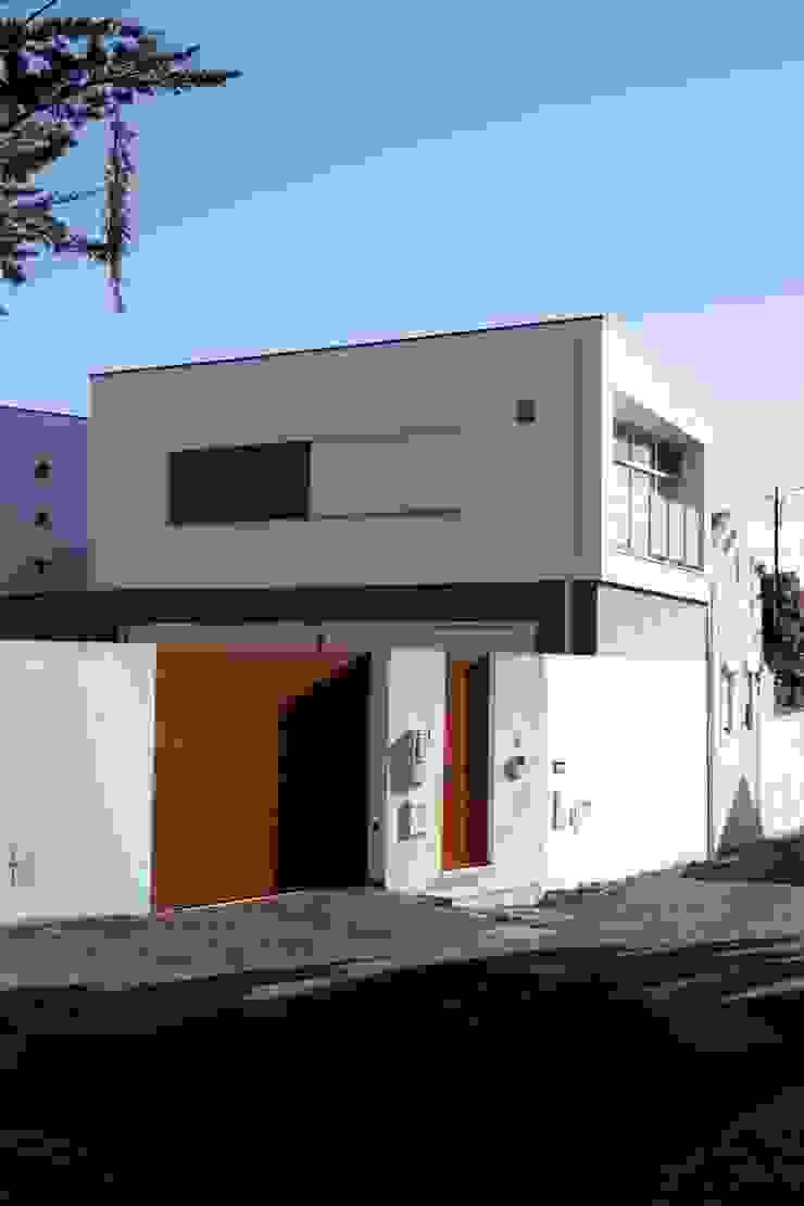 Casa Jairson Casas minimalistas por ÔCO Ideias e Projectos de Arquitectura Lda Minimalista
