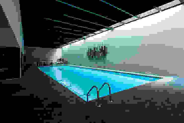 Mera Suites Residence Mekan Çekimi Modern Havuz .NESS Reklam ve Fotoğrafçılık Modern