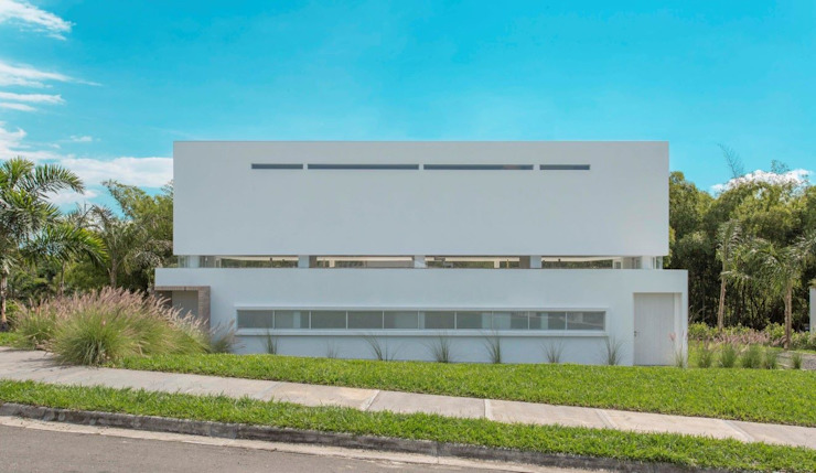 منازل تنفيذ Giovanni Moreno Arquitectos