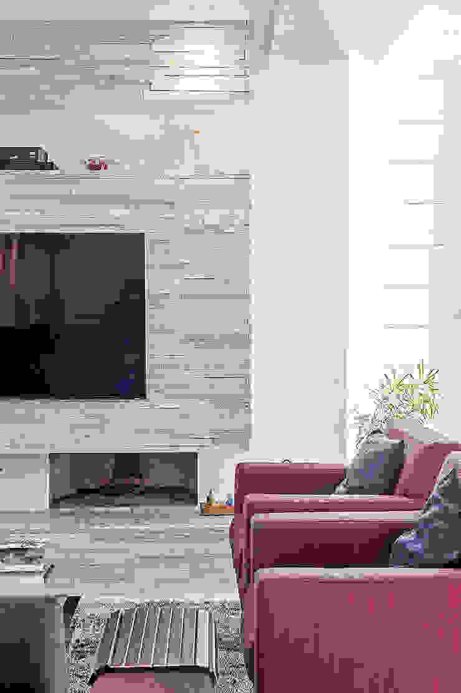 Moderne Wohnzimmer von Patrícia Azoni Arquitetura + Arte & Design Modern