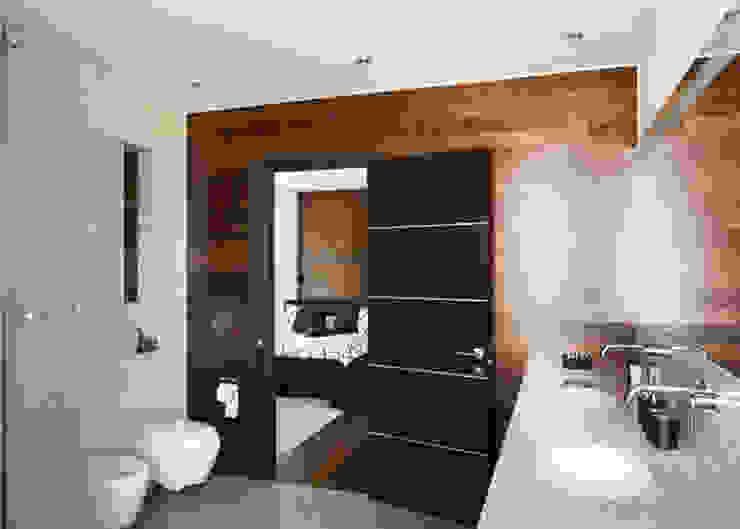 Bathroom by kvartalstudio, Minimalist