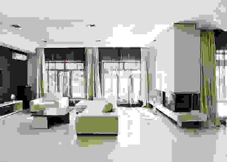 Living room by kvartalstudio, Minimalist