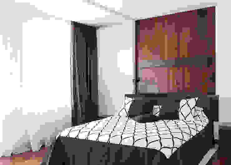 Minimalism Спальня в стиле минимализм от kvartalstudio Минимализм