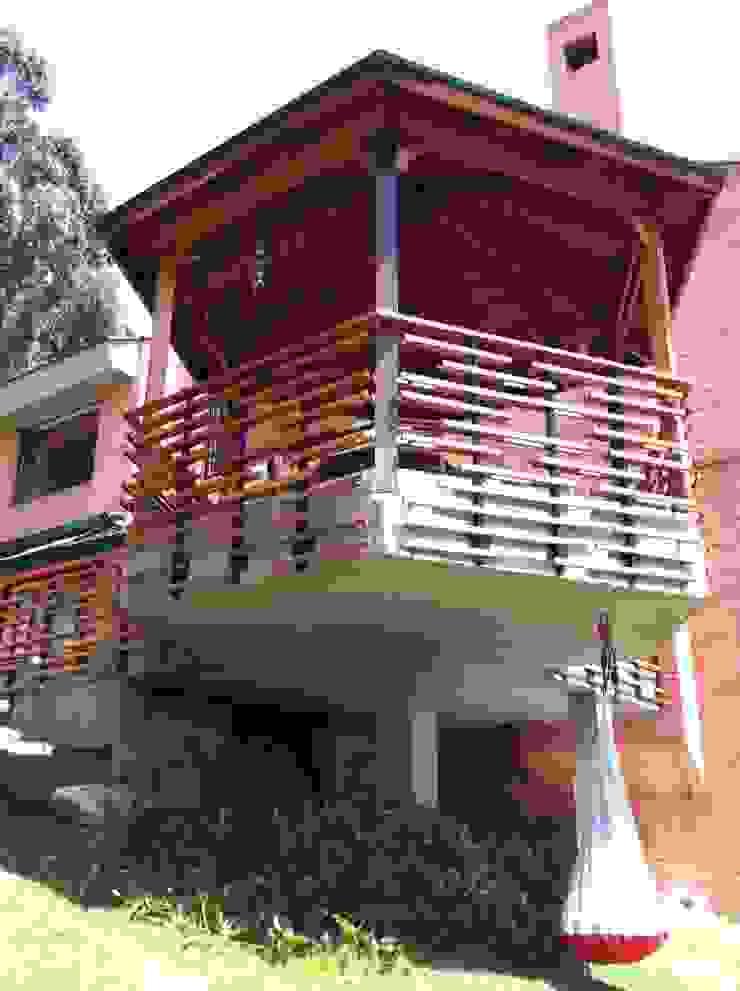 Minimalistische huizen van Vertice Oficina de Arquitectura Minimalistisch Hout Hout