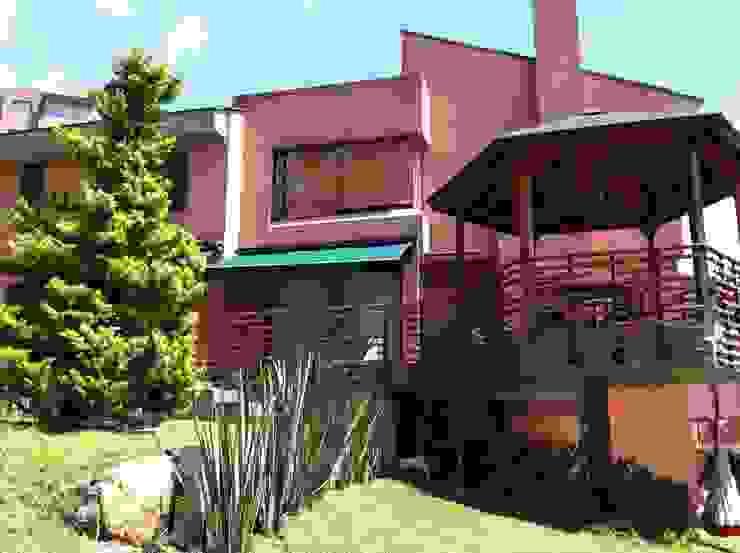 Minimalistische huizen van Vertice Oficina de Arquitectura Minimalistisch