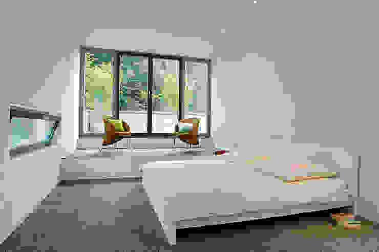 모던스타일 침실 by Elkin + Brombach Architekten 모던
