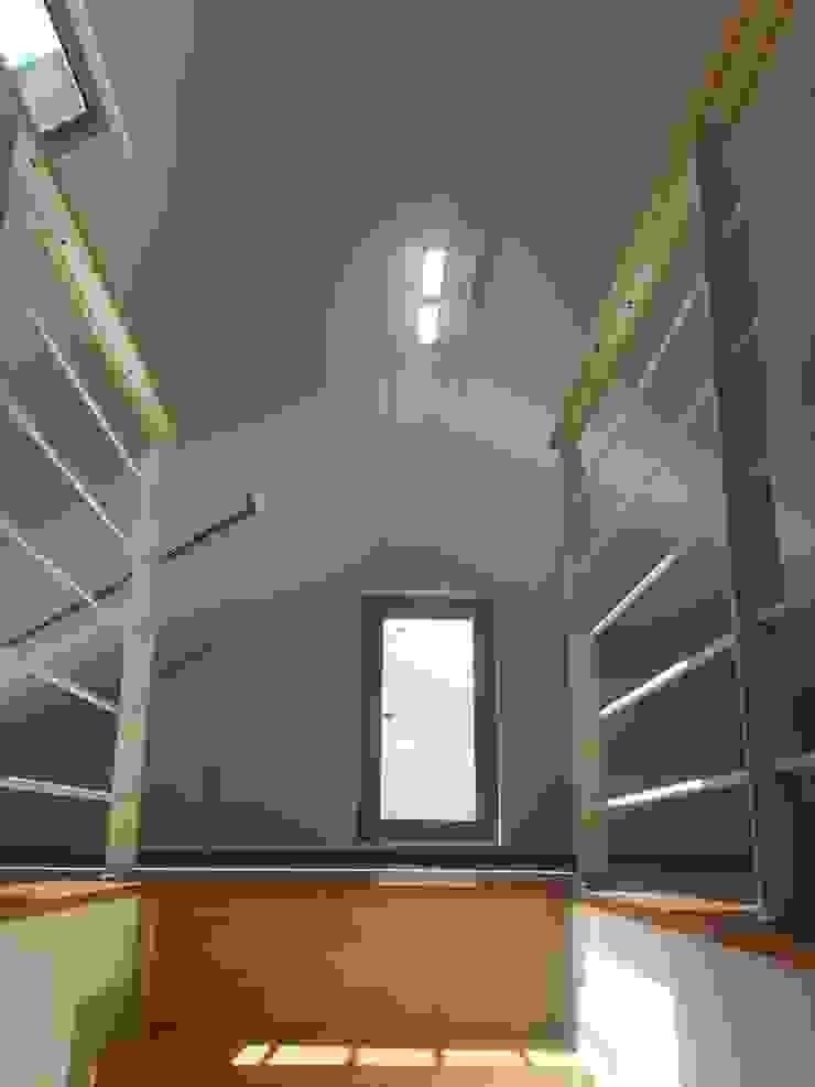 GN건축사사무소 現代風玄關、走廊與階梯