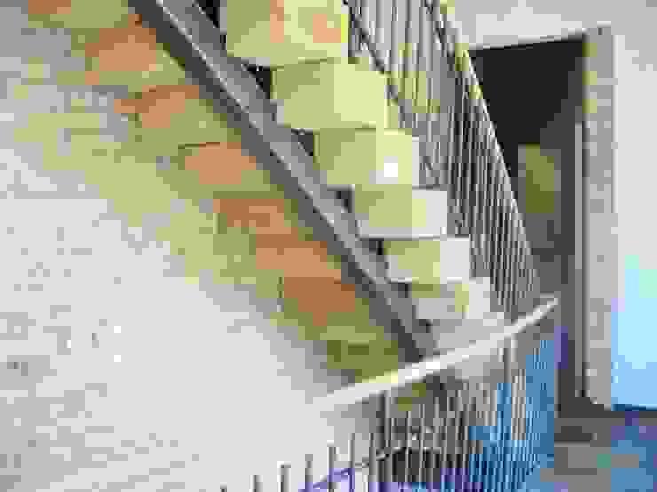 Van Thiel Landelijke gangen, hallen & trappenhuizen van VAN LAARHOVEN COMBINATIE Landelijk