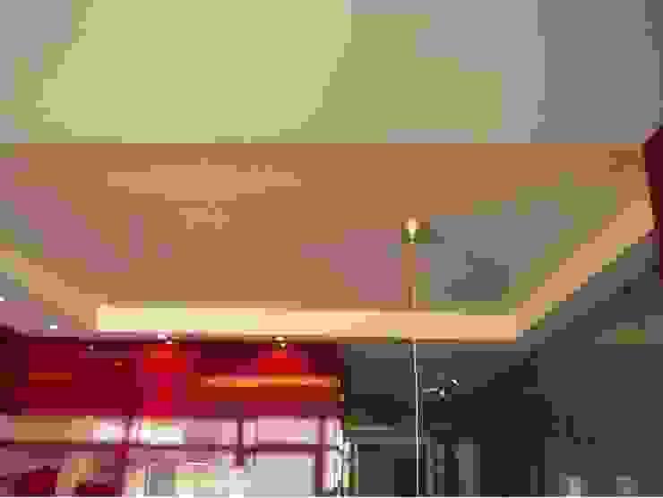 Apartamento <q>Avenida</q> Cozinhas modernas por ribau margaça _ arquitetura Moderno