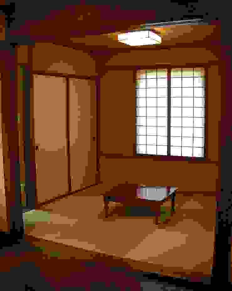 箱根の家 クラシックデザインの 多目的室 の 一級建築士事務所Architec クラシック