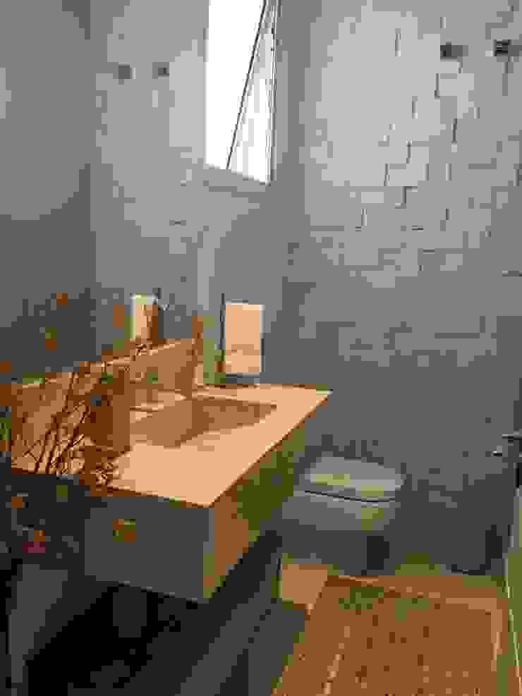RESIDÊNCIA A | W Banheiros clássicos por ALESSANDRA ORSI - Arquitetura + Interiores Clássico