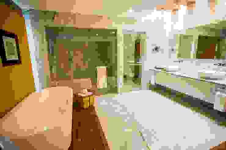 Suite Presidencial / Baño Principal. de MC Design Ecléctico Mármol