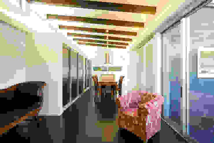 緑洞の家 リビング の フォーレストデザイン一級建築士事務所