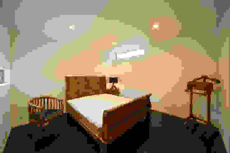 緑洞の家 寝室 の フォーレストデザイン一級建築士事務所