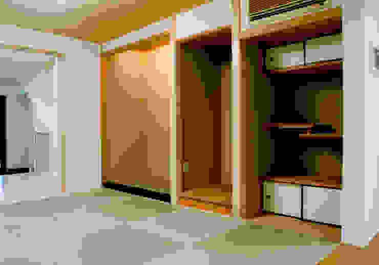 和室 モダンデザインの 多目的室 の 株式会社 岡﨑建築設計室 モダン