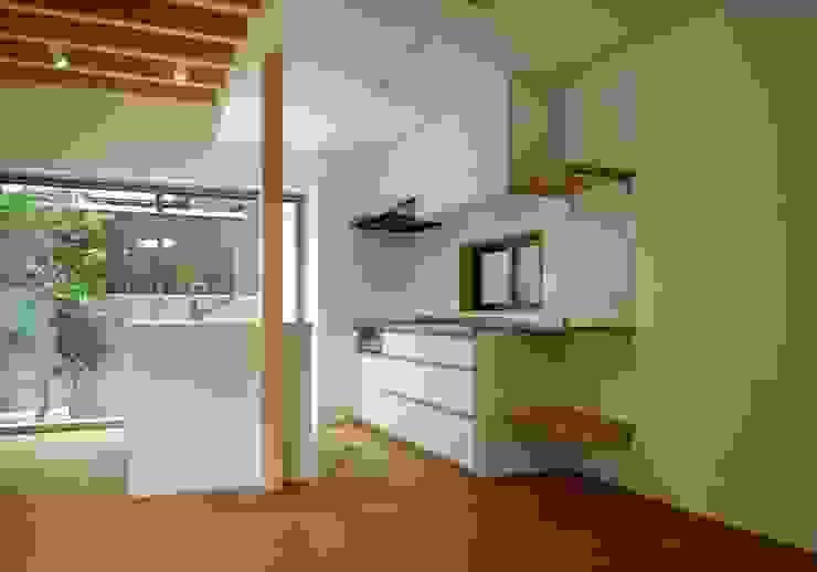 キッチン モダンな キッチン の 株式会社 岡﨑建築設計室 モダン
