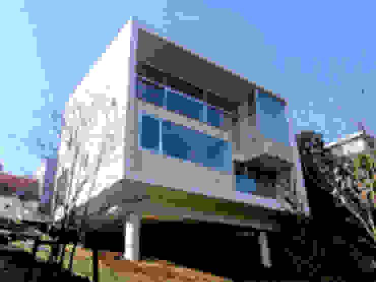 SKY BOX(熱海の家) モダンな 家 の 今村雅樹アーキテクツ モダン