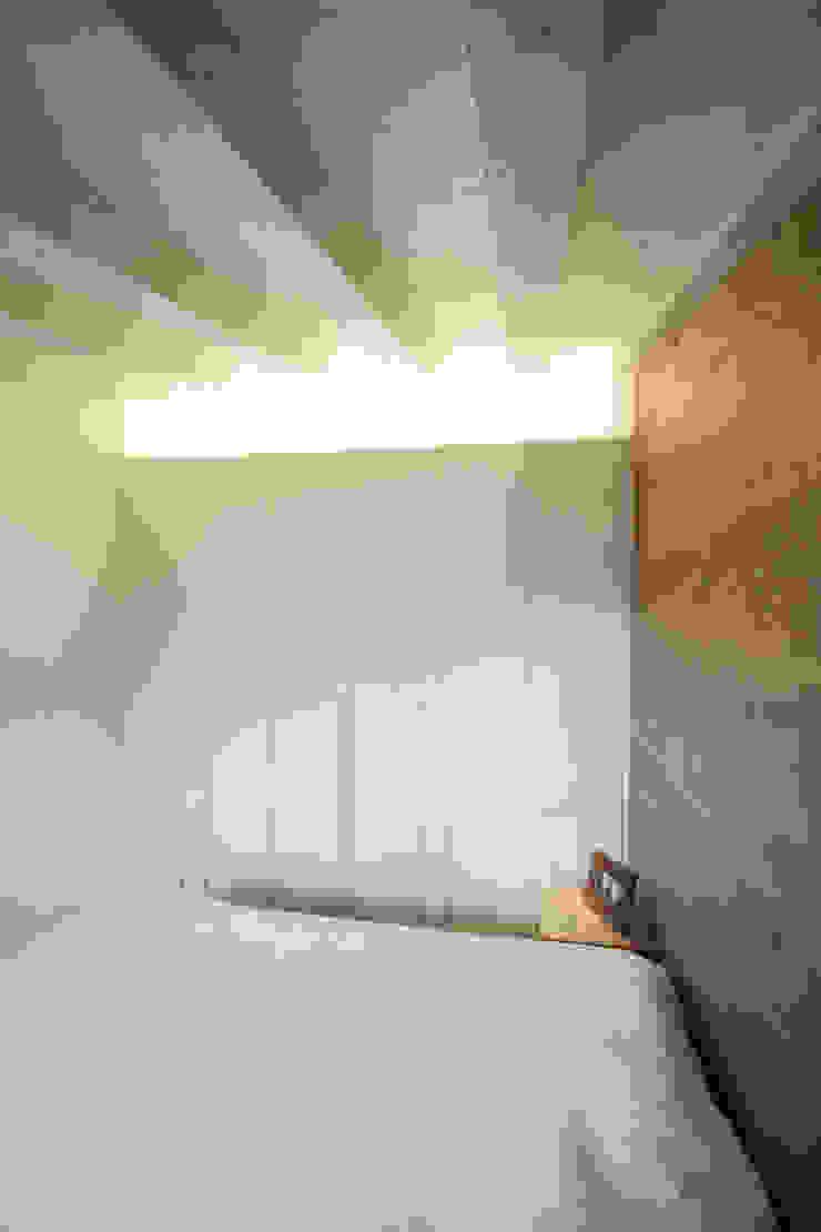 Progetti Modern Bedroom by luigi bello architetto Modern