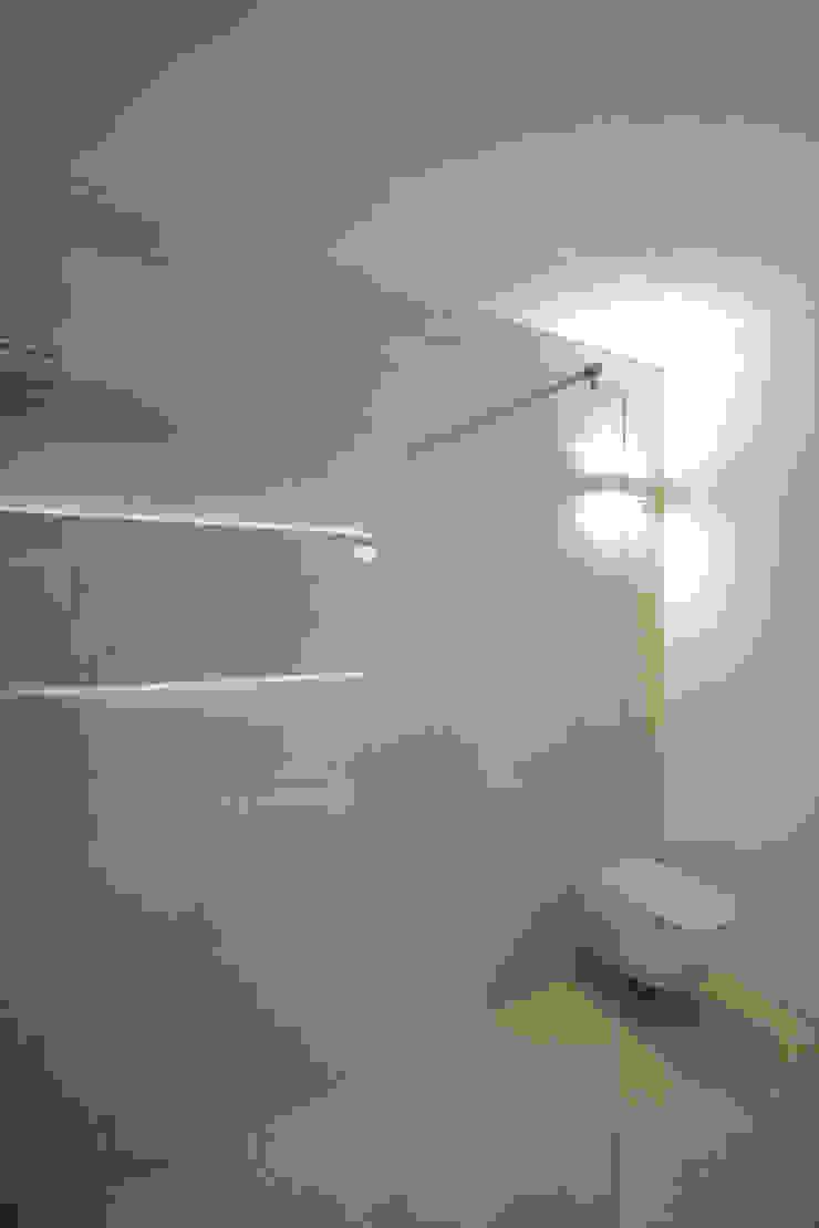 Progetti luigi bello architetto Modern bathroom