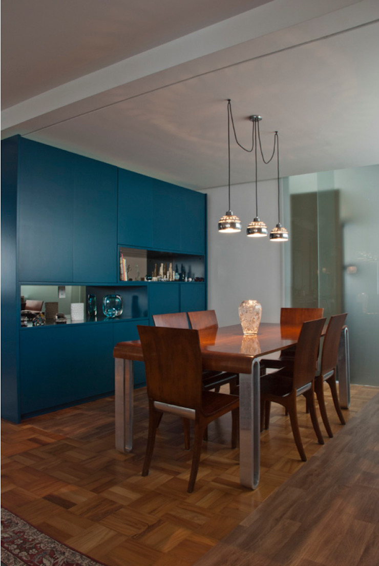 Modern Dining Room by ARQdonini Arquitetos Associados Modern
