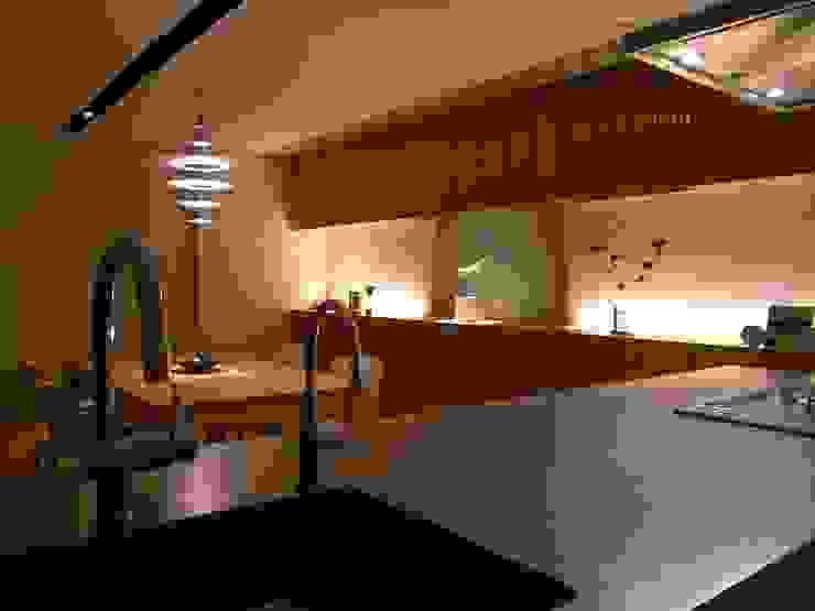 Moderne keukens van アーキグラフデザイン Modern