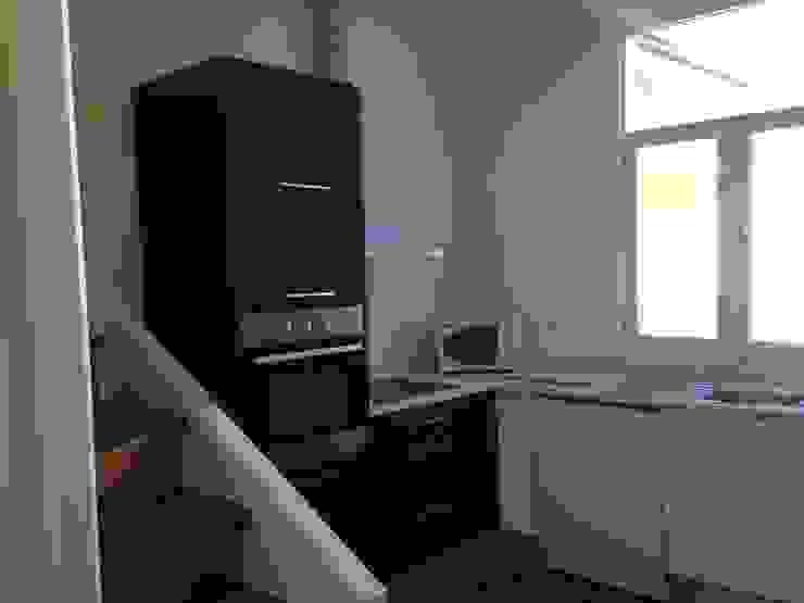 Requalificação de Apartamento por Pintavil, Lda.