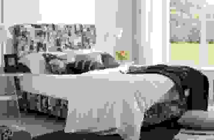 Gllamor black & white bed: modern  by Gllamor,Modern