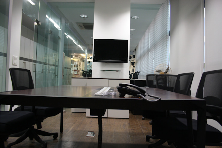 Al Kabeer Office Project Modern office buildings by Touch International (Mumbai & Pune) Modern