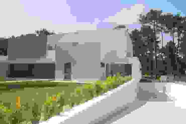 de Miguel Ferreira Arquitectos Moderno