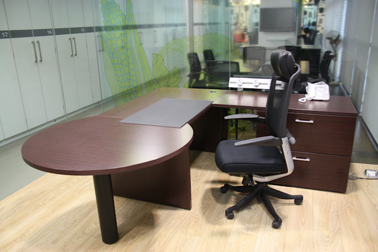 Al Kabeer Office Project Modern offices & stores by Touch International (Mumbai & Pune) Modern