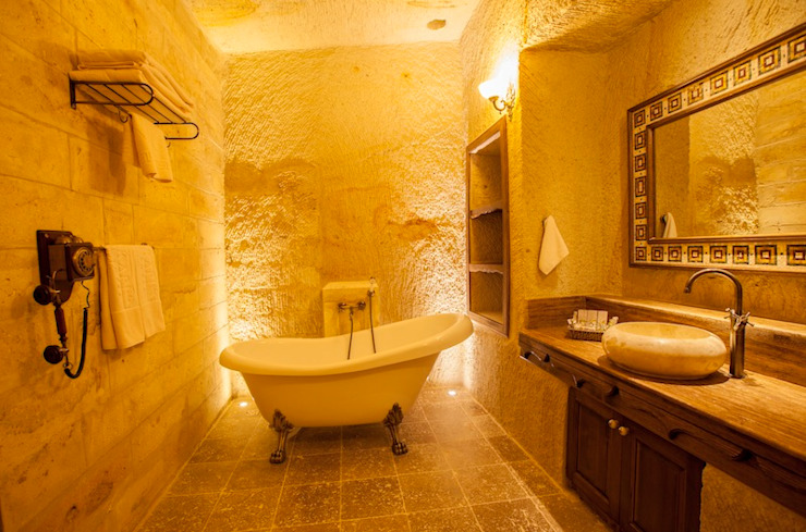 Kuşçular Konağı Öncesi Ve Sonrası Rustik Banyo Kayakapi Premium Caves - Cappadocia Rustik