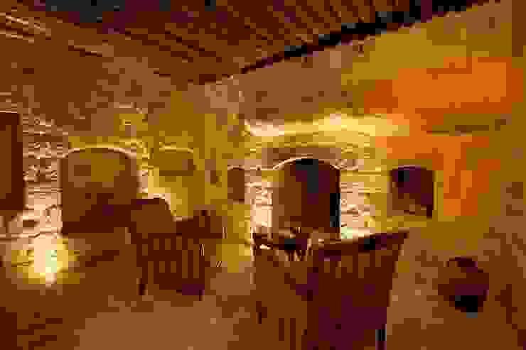 Kuşçular Konağı Öncesi Ve Sonrası Rustik Oturma Odası Kayakapi Premium Caves - Cappadocia Rustik