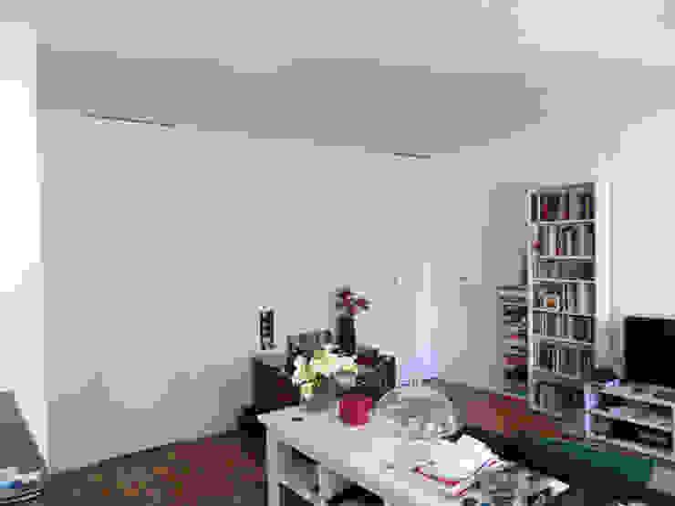 Apartamento Miguel Nabais Salas de estar modernas por Atelier Alvalade Moderno