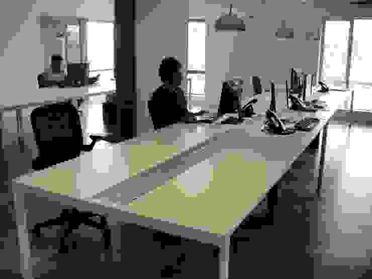Shailesh Tyagi Ip Forest Modern office buildings by Touch International (Mumbai & Pune) Modern