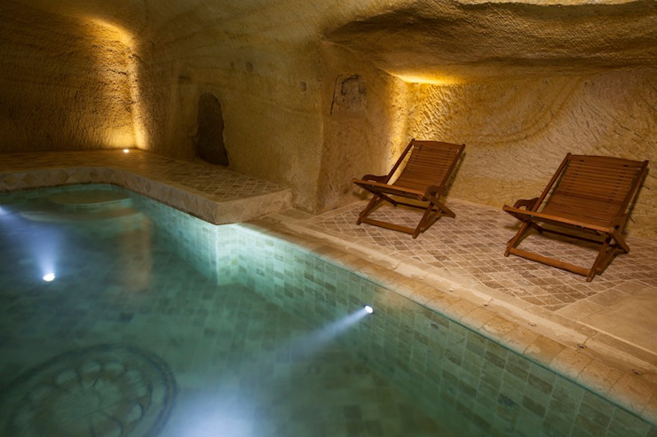 Kayakapi Premium Caves - Cappadocia Pool
