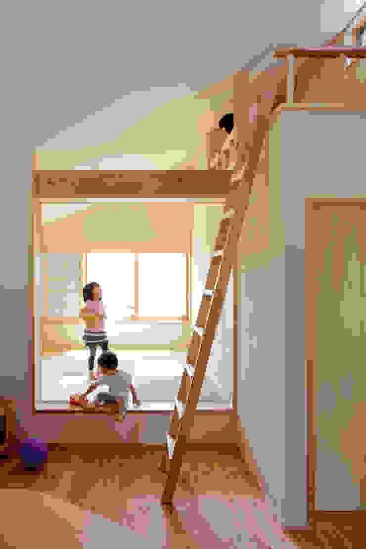 小金井の家 モダンな 壁&床 の info5381 モダン
