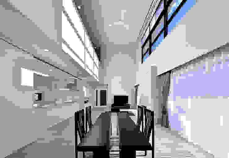 Modern Windows and Doors by 株式会社 北川原環境建築設計事務所 Modern