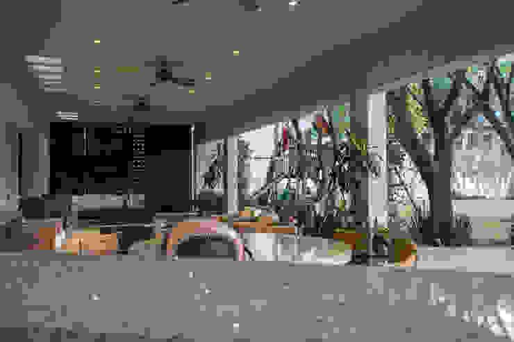 Terraza jardín CH Proyectos Casas eclécticas