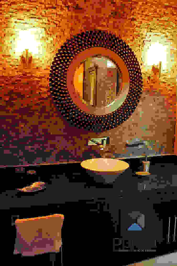 proyecto residencial <q>Montebello</q> Baños modernos de PORTO Arquitectura + Diseño de Interiores Moderno