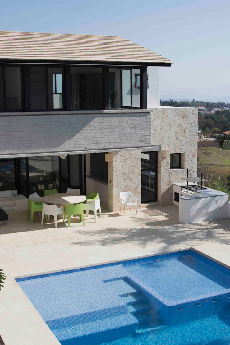 Casa Ixtapan de la Sal- Boué Arquitectos Casas rústicas de Boué Arquitectos Rústico