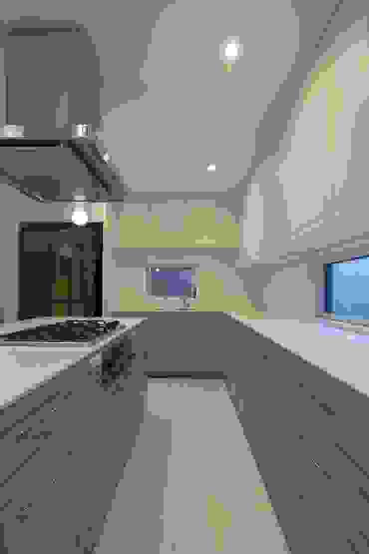株式会社エキップ Modern kitchen