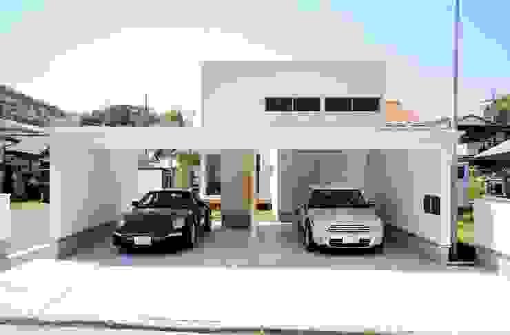 自家菜園の家 ゲートガレージ の フォーレストデザイン一級建築士事務所