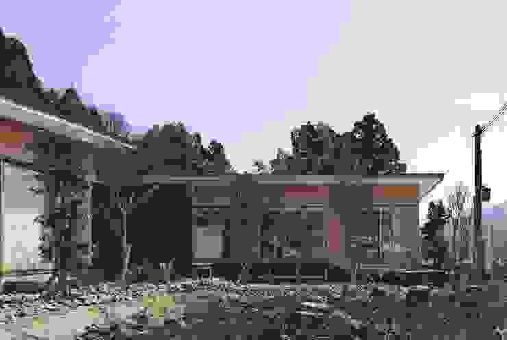 出石町の家 モダンな 家 の 一級建築士事務所 有限会社NEOGEO(ネオジオ) モダン