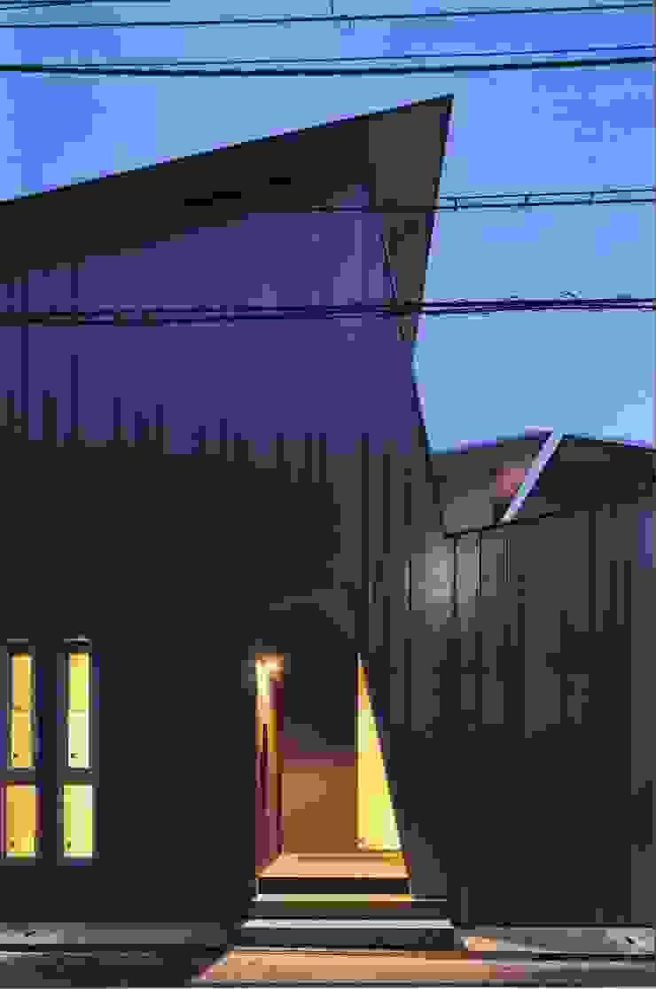 高殿の家 モダンな 家 の 一級建築士事務所 有限会社NEOGEO(ネオジオ) モダン